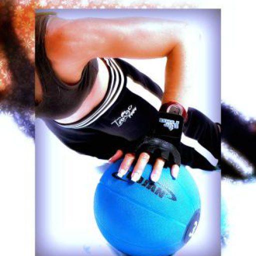 cropped-handonball.jpg.jpg